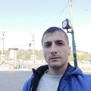 Славик, 33, г.Прага
