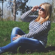 Аня, 21, г.Саратов