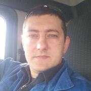 юрий, 31, г.Омск