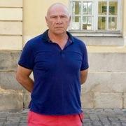 Sergei, 57, г.Париж