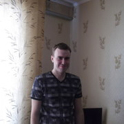 владимир, 26, г.Топки