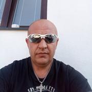 Михаил, 44, г.Прага