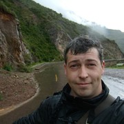 Денис, 37, г.Ивангород