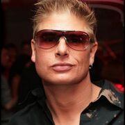 Михаил, 37