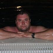 Viktor, 44, г.Зугрэс
