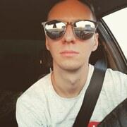 Данил, 21, г.Керчь
